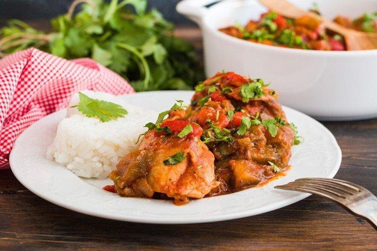 Чахохбили из курицы простой рецепт на сковороде