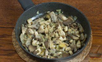 Грибы вешенки рецепты приготовления жарка с картошкой и луком на сковороде