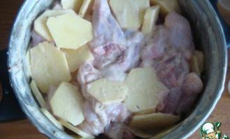Крылышки с картошкой в духовке в рукаве
