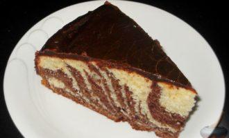 Торт зебра самый простой рецепт на кефире в духовке с пошаговыми фото и видео в домашних условиях
