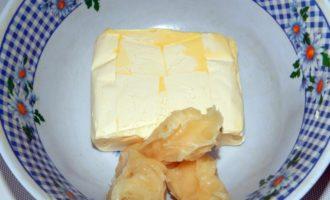 Торт медовик классический рецепт со сгущенкой и сметаной и маслом с пошаговыми фото и видео в домашних условиях